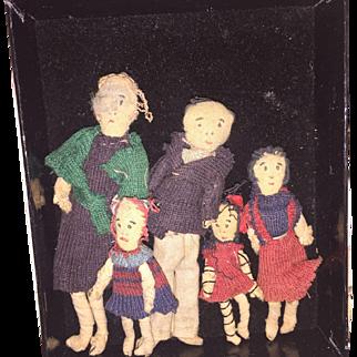 Old Cloth Folk Miniature Dollhouse 5 Piece Family