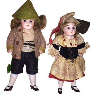 """Antique 3.5"""" German Simon and Halbig Twin All Bisque Glass Eyed Dolls All Original"""