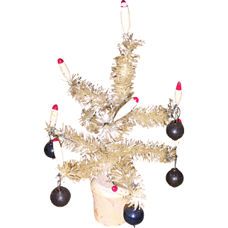 Vintages Miniature Bottle Brush Faux Feather Tree Dollhouse Tree