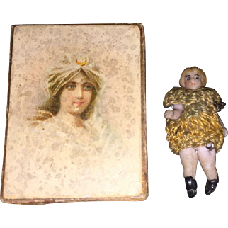 Antique Miniature Carl Horn Tiny Doll and Lithograph Box