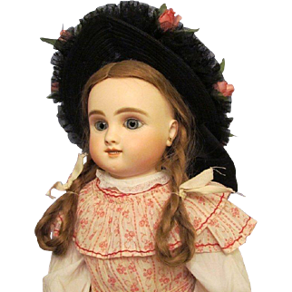 "Beautiful Vintage Straw Bonnet for your doll with head circumference of 14""-15"" with wig on."