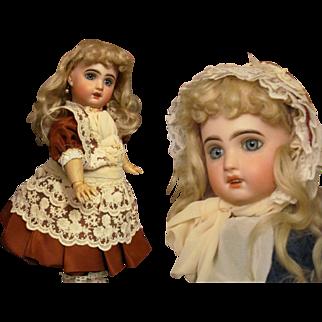 """Sale~ Silk and lace Dress Bonnet fits 15"""" French Jumeau Bebe, Eden bebe, SFBJ, DEP"""