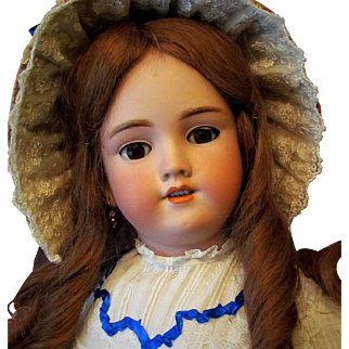 """Lovely! 28"""" Handwerck A Gorgeous German Antique Doll Desirable Mold 119 ~ Matching head and body marking ~~ Layaway is Available!"""