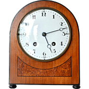Early Art Deco cottage desk clock, Lenzkirch Clock Factory, Lenzkirch, Germany, 1917-1918.