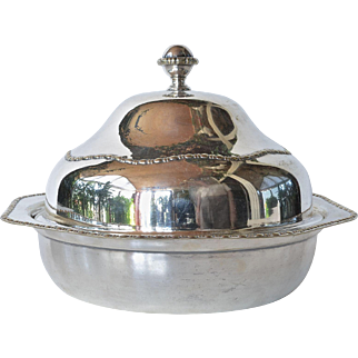 A silverplated lidded dish, James Deakin of Sheffield, 1900c.