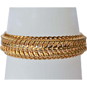 A vintage 18 carat gold yellow gold bracelet.