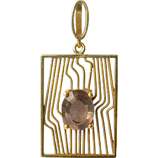 An 18ct.  Gold & Smokey Quartz Pendant, circa 1970.