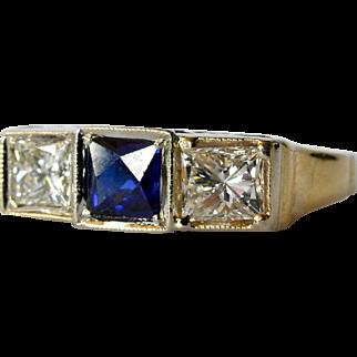 A 14ct Gold ,Sapphire & Diamond Three Stone Ring.