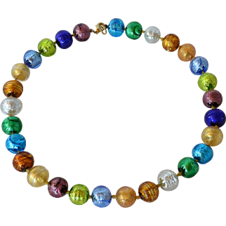 A vintage Murrano foil glass beaded necklace, 1965 c.