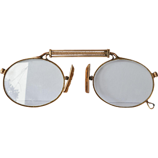 """Pince Nez, gold ( 14 ct. / """"585"""" ), early 1900s."""