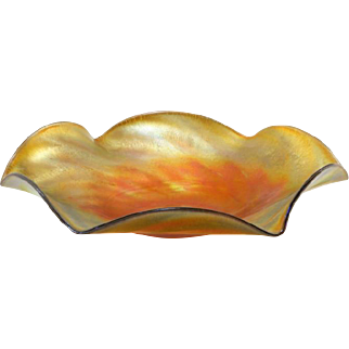 American Iridescent Gold Art Glass Plate