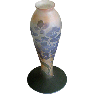 Cameo Glass Vase ca. 1900 – Signed Galle