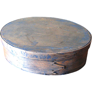 Antique Oval Finger Lapped Wooden Pantry Box