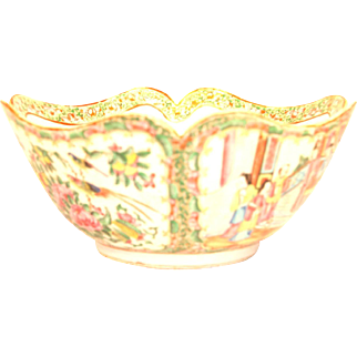 19th Century Rose Medallion Porcelain Center Bowl