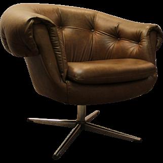 Mid-Century Danish Modern Tufted-Back Overman Style Swivel Chair Chrome Base