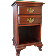 Traditional Mahogany Chippendale Kling Nightstand/End Table