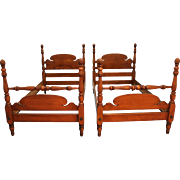 Pair of Traditional Pineapple Bleached Mahogany Twin Size Bedframes