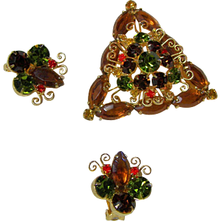Juliana Triangular Filagree Brooch Set. Book Piece.