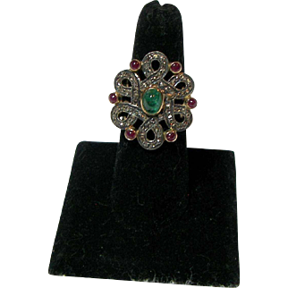 Outstanding Estate 14K Diamond, Ruby and Emerald Ring
