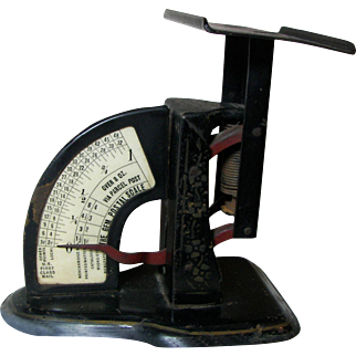 Antique U.S. Postage Scale. Circa 1900.