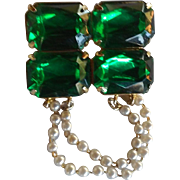 Christmas Green Paste with Faux Drop Pearls Brooch Pin