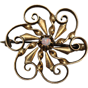 10kt Yellow Gold Swirl Flower Pin with Round Opal
