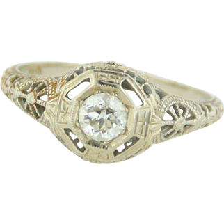 14kt White Gold Vintage Engagement Ring with Diamond - Size 6.25