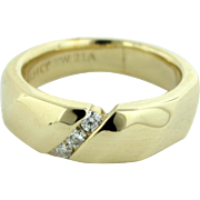 Men's 14K Yellow Gold Wedding Ring Band w/3 Round Diamonds (.21ctw) in Size 10