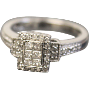 10k White Gold Round and Princess Cut Diamond Cluster Halo Style Engagement Ring Size 6 3/4