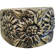 Sterling Silver Thick Flower Band ring - Size 7
