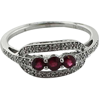Sweet 14K White Gold Vintage Setting with Three Stone Red Ruby & Diamond Ring - Size 7