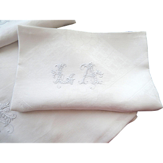 French Linen Tablecloth and 18  Matching Napkins Hand Embroidered  Finest Linen Damask