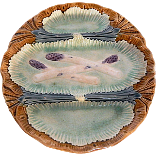 French Asparagus Plate from St-Amand-les-Eaux