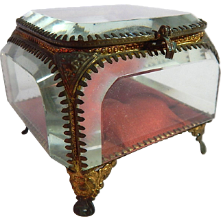French Belle Epoque Trinket Box Engagement Ring Box in Glass and Ormulu