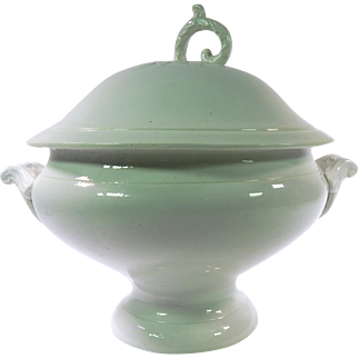 Fine French Antique White Porcelain Soup Tureen by A. Lebacqz et M. Bouchart of St. Amand