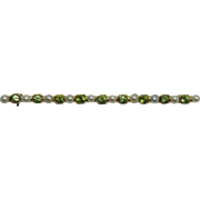 Edwardian 14k Yellow Gold Peridot and Pearl Bar Pin