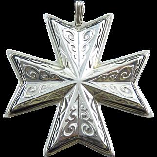 1977 Sterling Silver Reed & Barton Christmas Cross Medallion