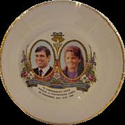 Vintage Prince Andrew & Sarah Ferguson Fergie Commemorative Royal Wedding Plate 1986 Westminster Abbey Fine Bone China