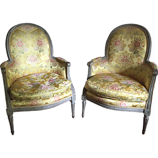 Late 18th century Louis XVI Grey Painted Neoclassical Pair of Bergere Arm chairs / Fauteuils , French