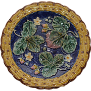 """Majolica Cobalt Strawberry and Leaves 9"""" Plate"""