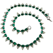 Emerald Green Crystal Glass Necklace Art Deco 1940s Rhodium Finish Vintage Jewelry