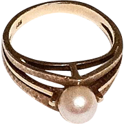 Pearl Ring, 14K Gold Ring, Modernist 1960s Vintage Jewelry SPRING SALE