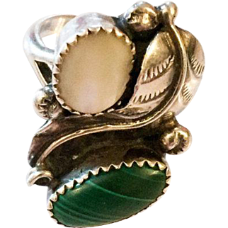 Malachite Silver Ring, Mother of Pearl, Navajo, Native American Vintage Jewelry SPRING SALE