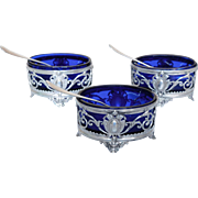 Set of 3 antique French sterling silver salt cellars, Louis XVI style, late 19th century.