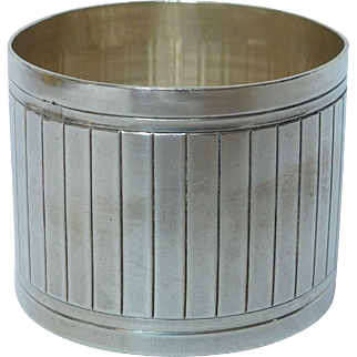 French sterling silver napkin ring, Art Deco period circa 1930