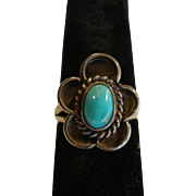 Sweet Vintage Turquoise & Sterling Silver Flower Ring - Size: 6