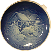 "Vintage 1975 Royal Copenhagen Porcelain Bing & Grondahl Jule Aften ""Christmas at the Old Water-Mill"""