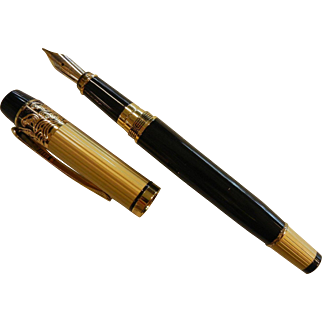 HERO 901 Fountain Pen w/ Iridium Point Tip