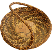 Unique Hand Woven Natural Pine Needle Basket w/ Handle