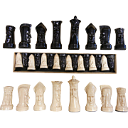 Vintage 1947-50s Black & White Plastic Chess Set
